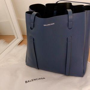 SALE💙Authentic Balenciaga blue tote💎